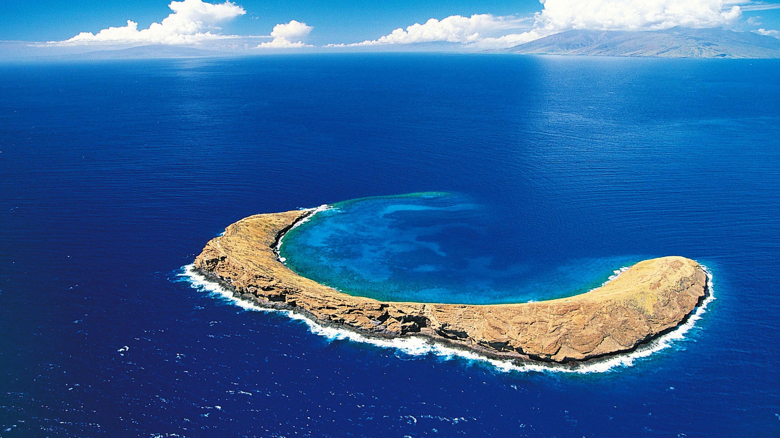 Beautiful Island Beach Wallpaper