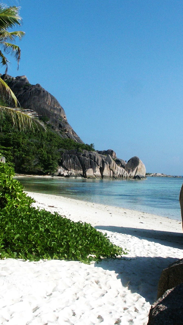 Big Stones And White Sand Beach Background Beach Wallpapers