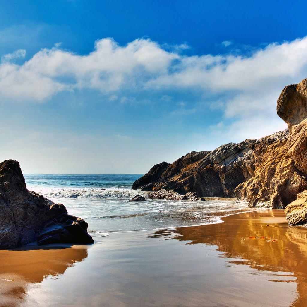 The Wallpaper Of Beach At The Pacific Ocean In Malibu California