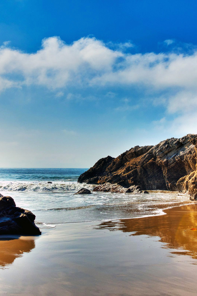 The Wallpaper Of Beach At The Pacific Ocean In Malibu California