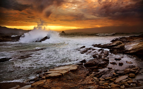 Rocky seashore wallpaper