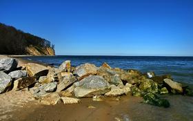 Sunny handy rock beach wallpaper