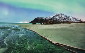 A long and cold night on Lofoten islands, Norway