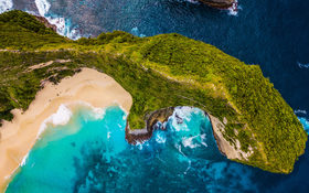 Aerial panorama over the Kelingking Beach, Indonesia