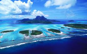 Awesome look on reefs of Bora Bora beach wallpaper