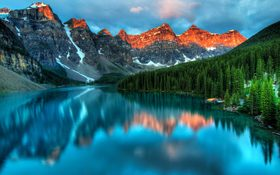 Crystal lake and mountain in Field, Canada