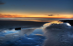 Magnificent sunrise beach wallpaper