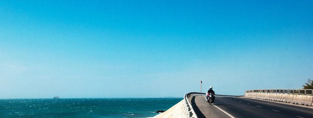 Motorcycle on the move in Phan Rang–Tháp Chàm, Vietnam