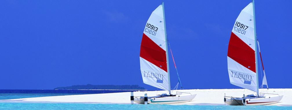 Sailboats beach wallpaper
