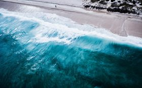 The magical waves of water in Swanbourne Beach, Australia