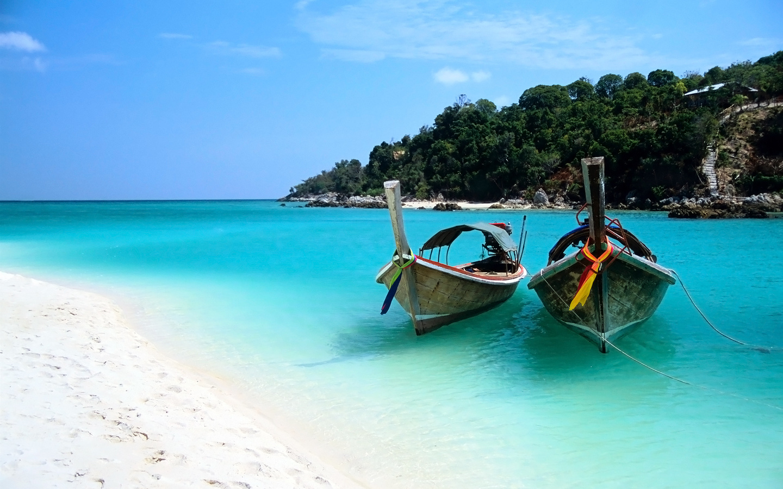 Two Boats On The Beach Of The Ko Lipe Island Wallpaper Beach