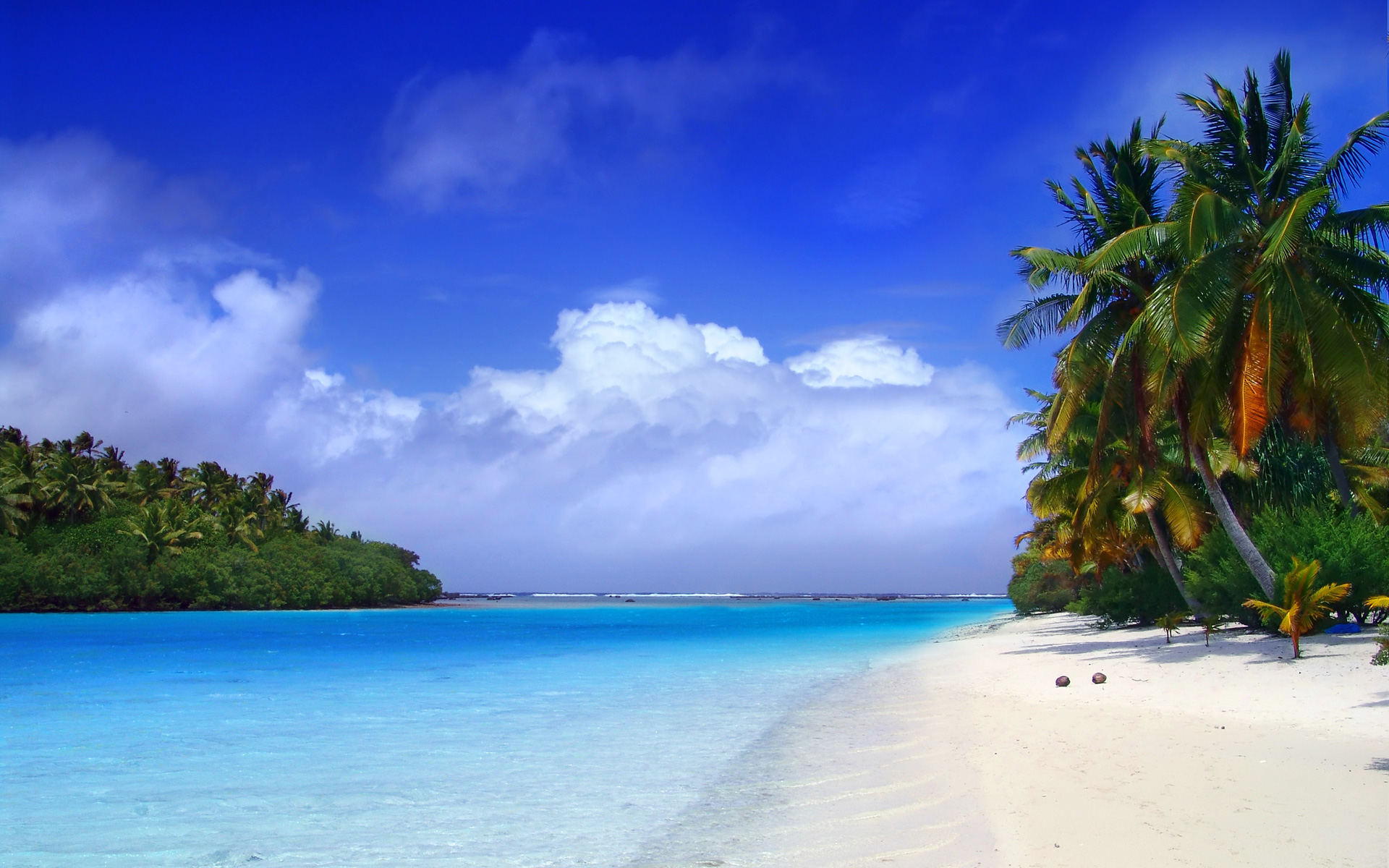 Paradise beach | 4K wallpapers, free and easy to download